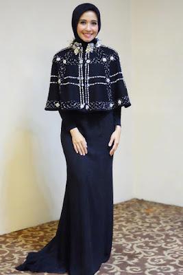 Artis cantik Hijab laudya cynthia bella zoya