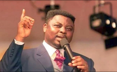 Video: Pastor Ashimolowo of KICC asks his members to donate $1000 or N1000 for every year they have lived on earth