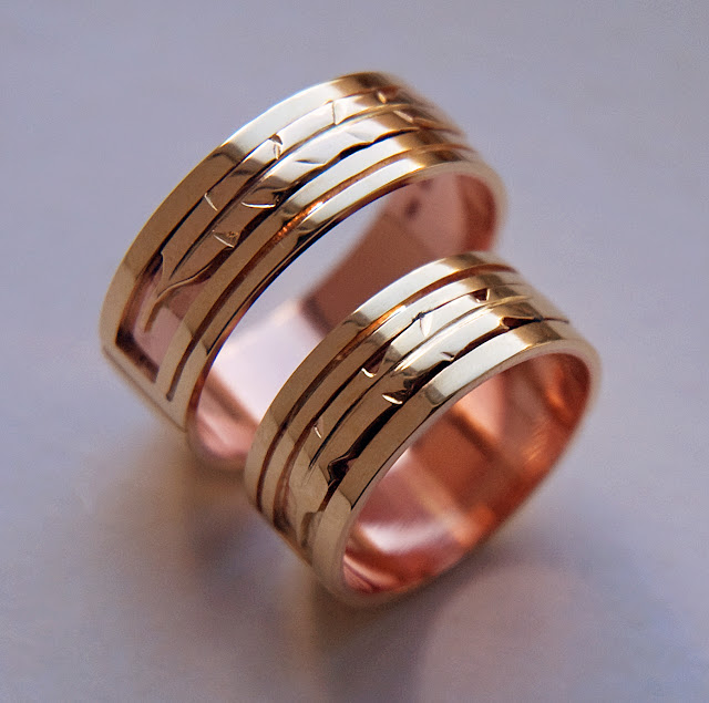 Wedding rings of yellow and red gold by ZhaawanArt