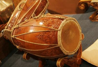 10 Alat Musik Tradisional Khas Indonesia