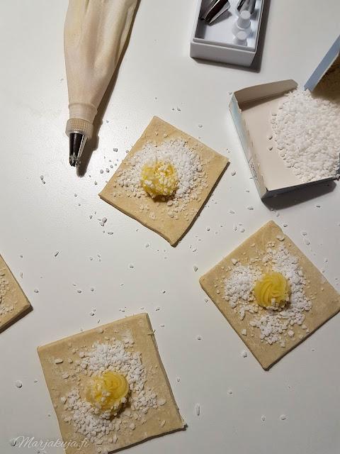 torttutaikinalevy joulutorttu taikina vanilja wiener kreemi raesokeri viineri