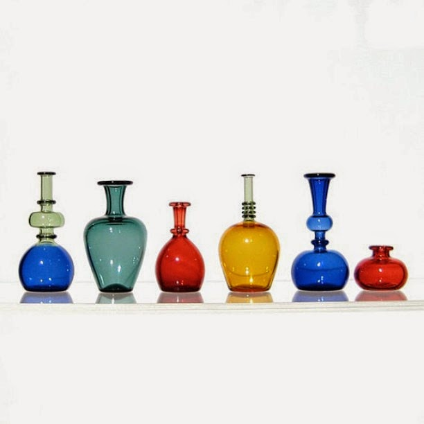 20-Mini-Bottles-Kiva-Ford-Scientific-Glassblowing-with-Miniatures-www-designstack-co