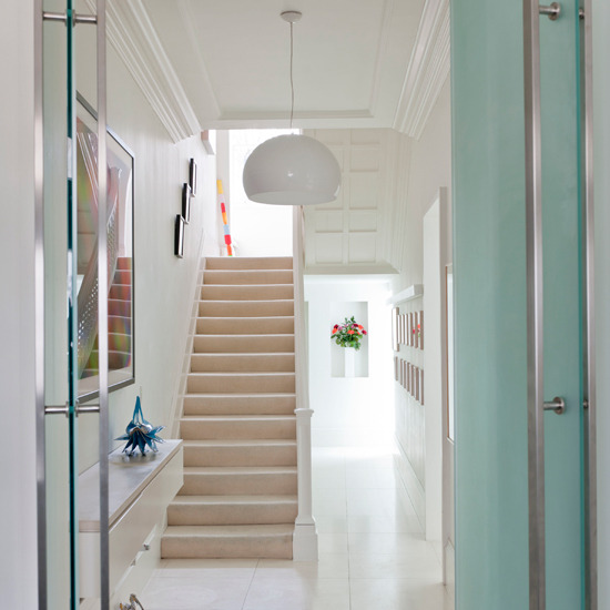 New Home Interior Design: Modern Hallway