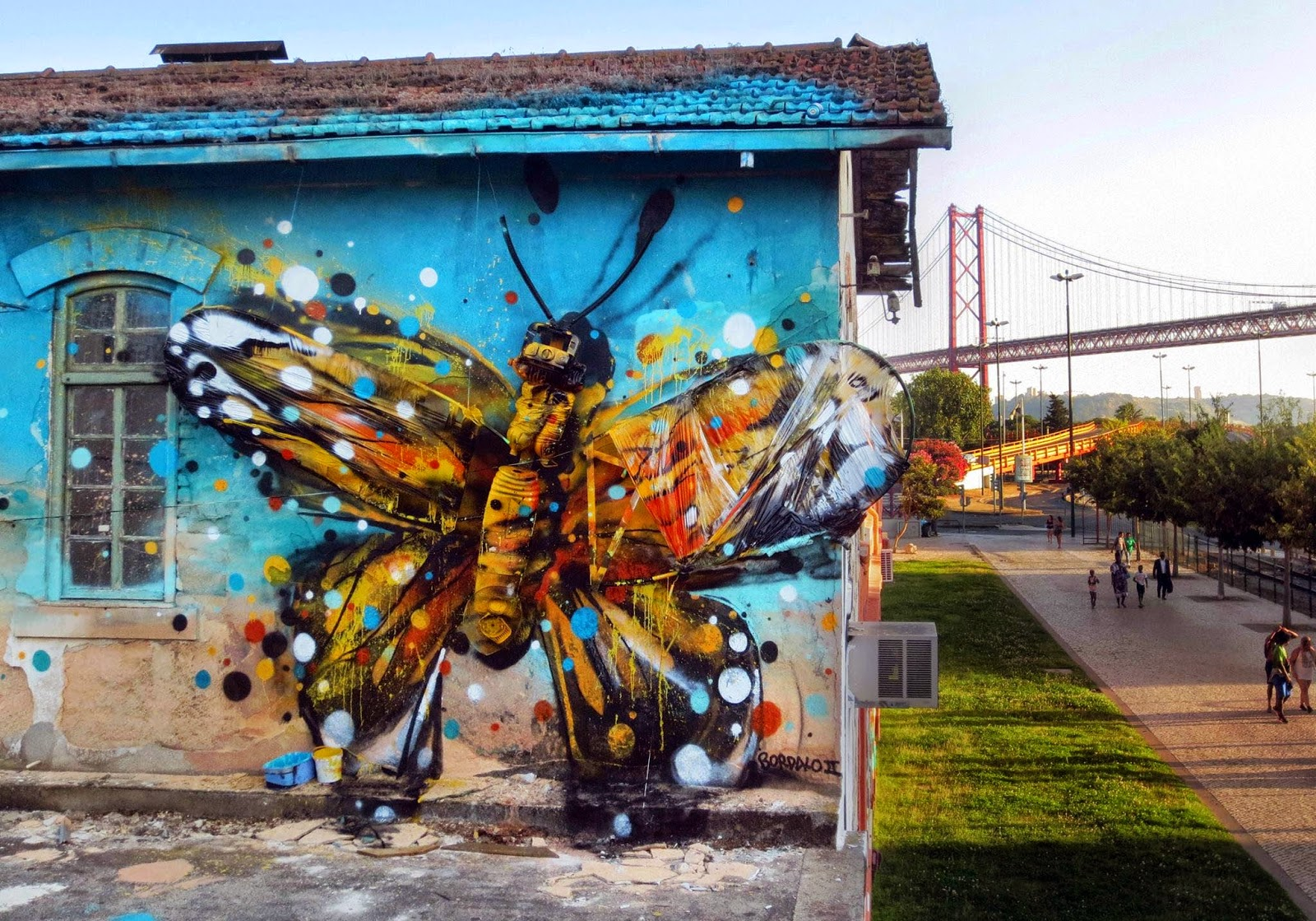 "The unstoppable Bordalo II is once again back on the streets of his hometown, Lisbon in Portugal with a brand new installation entitled ""Bordaleta""."