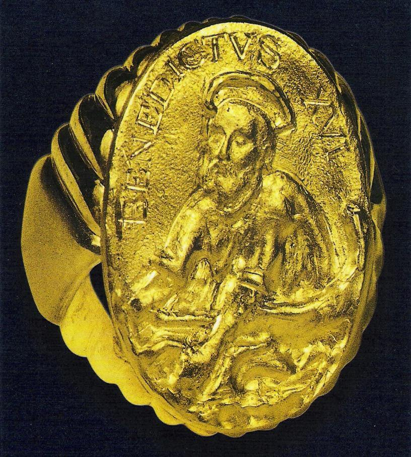 перстень папы римского фото только фото