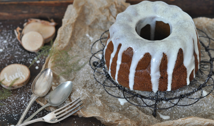 gluten free Irish Coffee Cake with creamy whisky glaze - perfect dessert for St. Patrick's Day