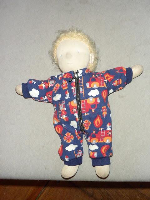Puppenschlafanzug nähen