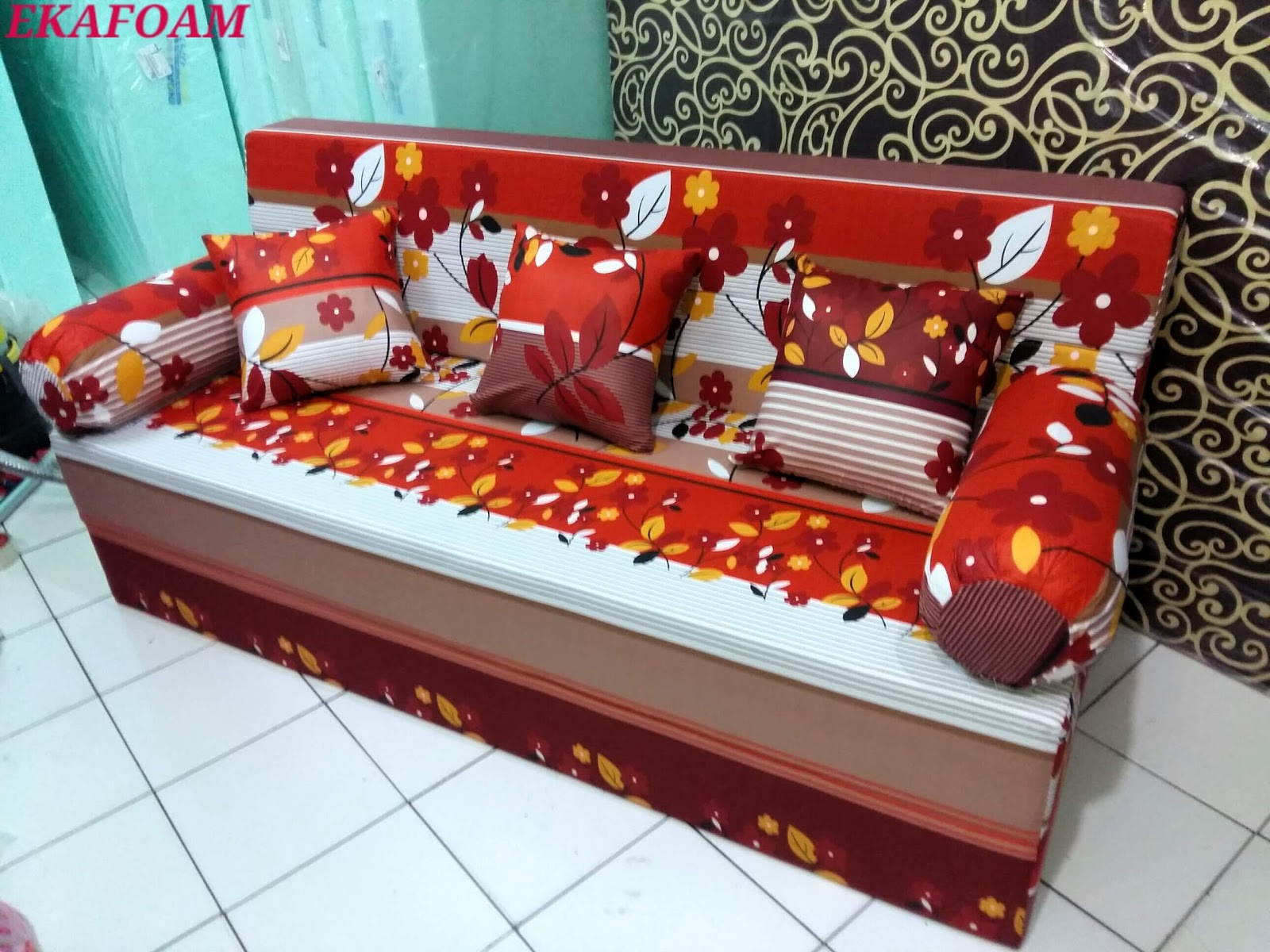 Harga Cover Sofa Bed Inoac Wiggle Pounce Tufted Dog Couch Large Black 2017 Full Motif Agen Resmi Kasur Busa