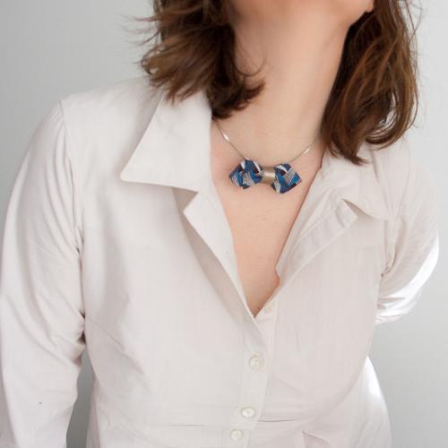 chemise bruyère avec noeud papillon en shweshwe