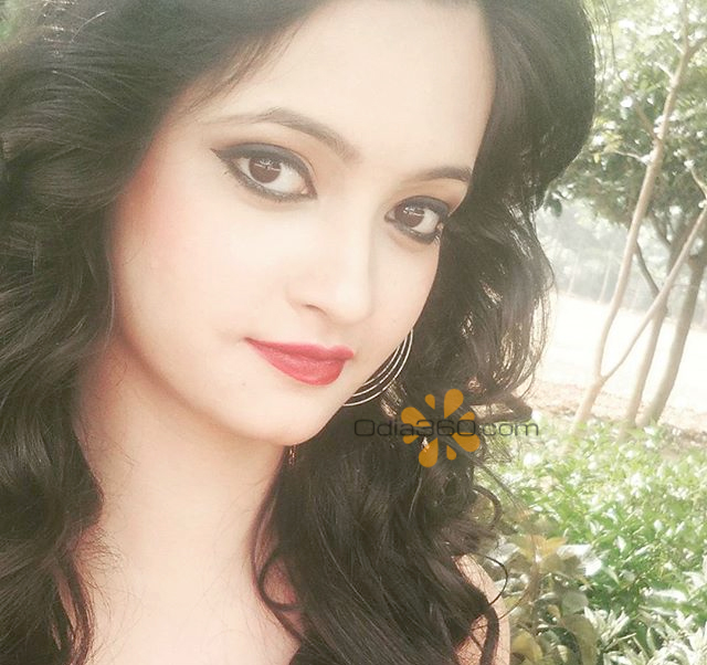 Tammana Vyas Hot Odia Actress Real life Photos,Images,Walls