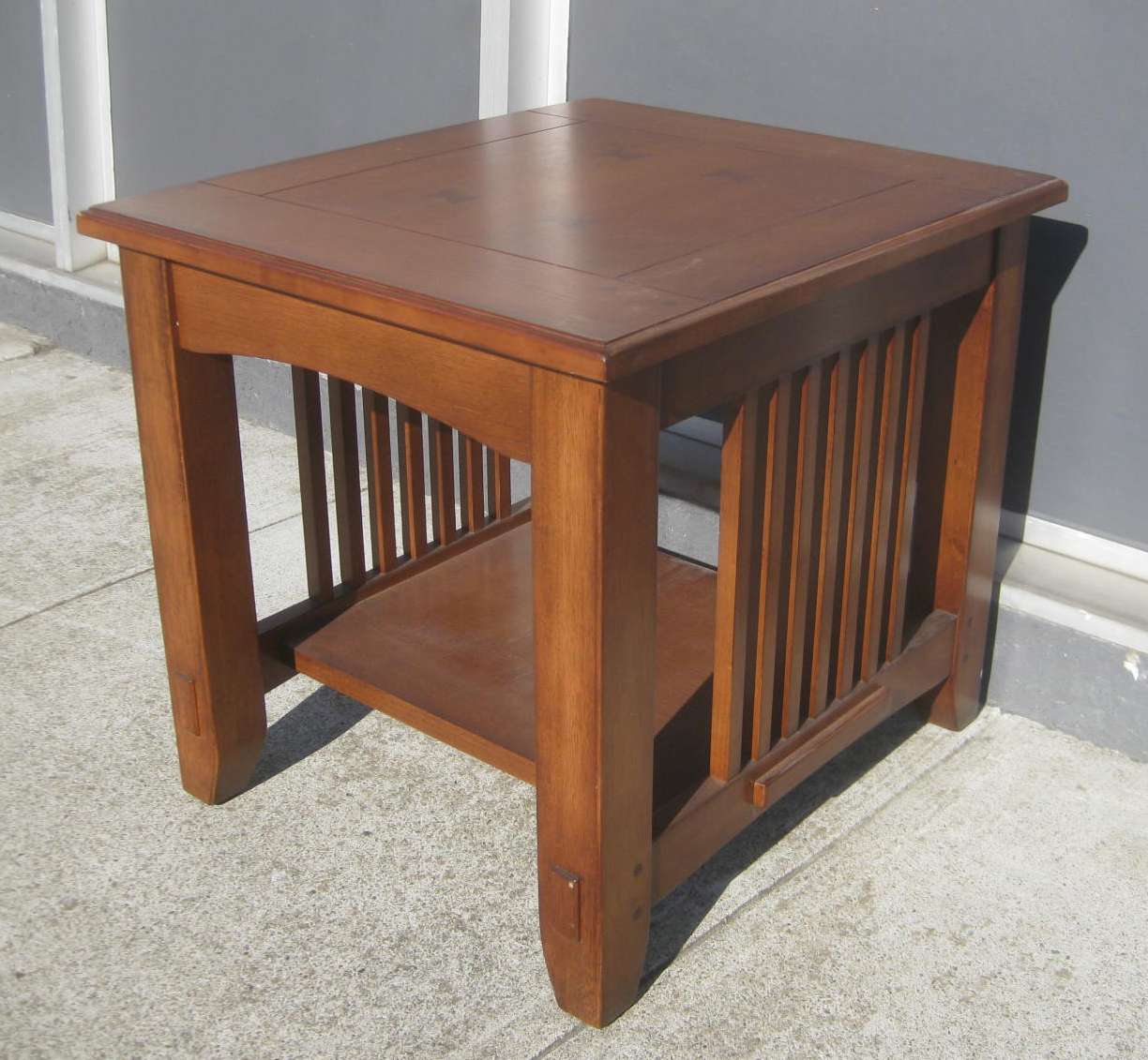 UHURU FURNITURE & COLLECTIBLES: SOLD - Mission Side Table ...