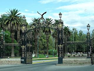 Portones de Ingreso - Parque General San Martín, Mendoza