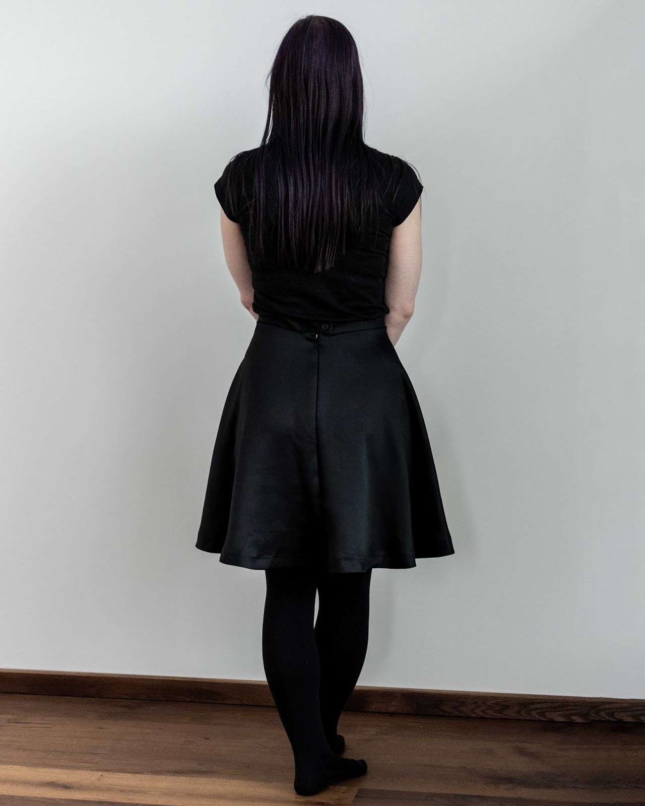 half circle skirt sewing Minn's Things calculator self drafted handmade diy free back view zipper invisible button