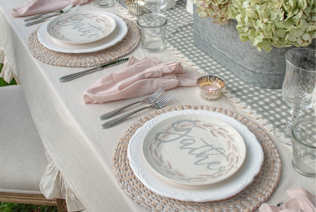 Farmhouse Inspiration Throughout Your House and Thursday Favorite Things Party