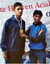 प्रवीण स्वामी के बाद अब नीमकाथाना के राजकुमार ने जीता एथलेटिक्स में स्वर्णपदक।