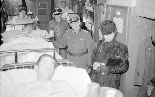 Swedish Princess Sibylla visiting wounded German soldiers, 13 November 1941 worldwartwo.filminspector.com