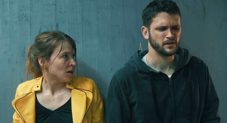 Stephanie Jost und Arne Rudolf in '32' (Kamera: Patrick Zeller, Regie: Merlin Morzeck). Quelle: Merlin Morzeck