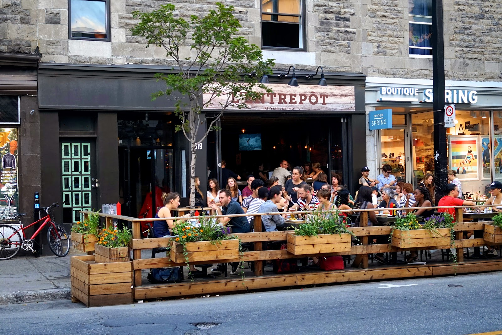 l'entrepot montreal