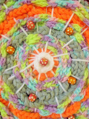 Manualidades Círculos coloridos de lana