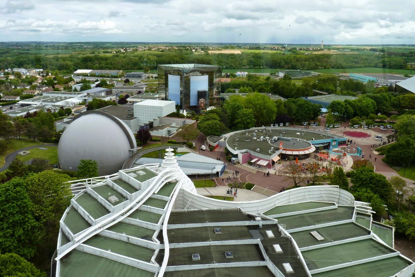 Vistas de Futuroscope desde la Gyrotour.