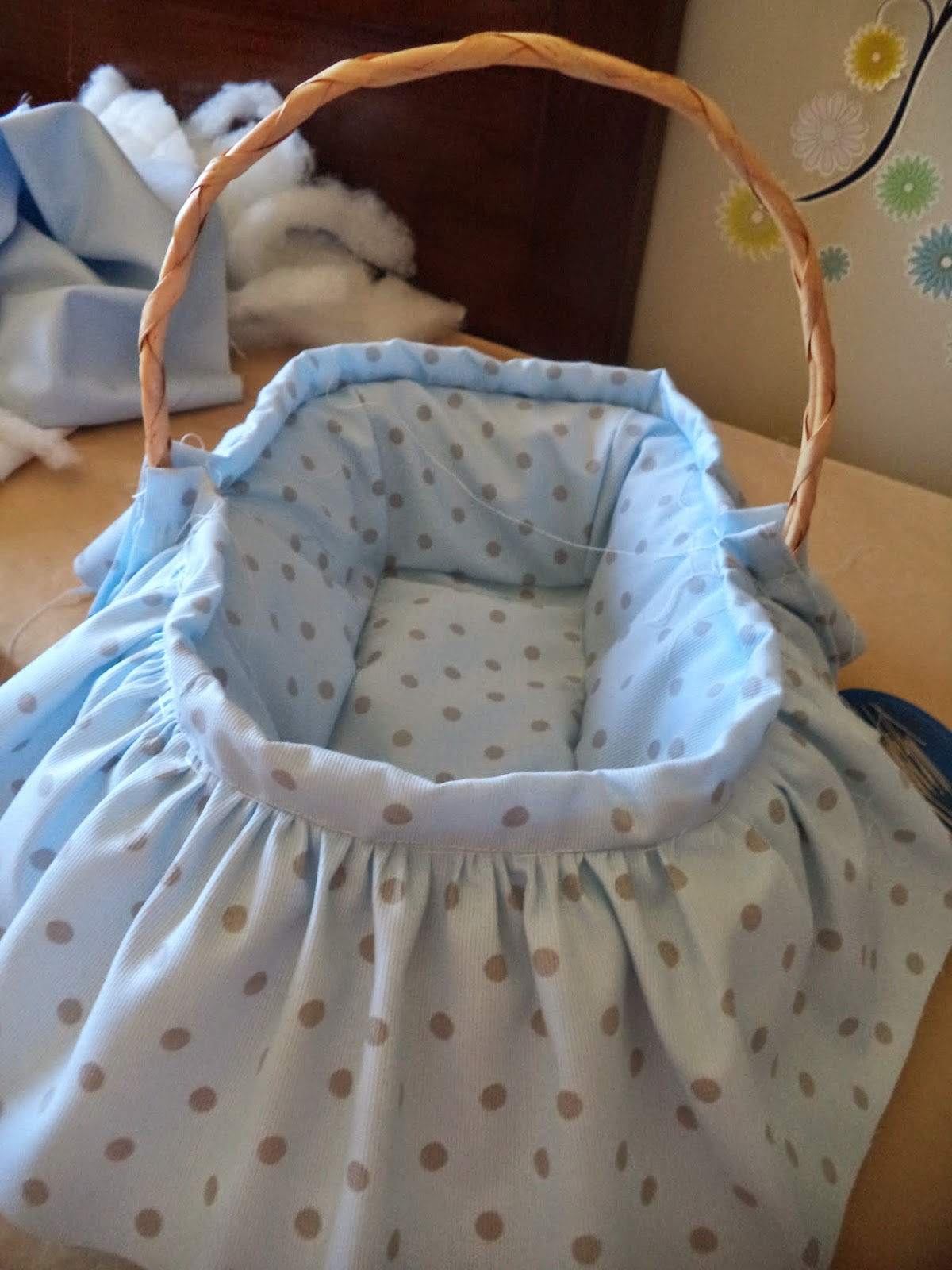 Pap cestita para bebe - Como forrar una cesta de mimbre ...