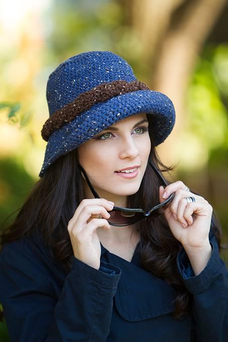 Chapéu em Crochê com Receita e Gráfico - Katia Ribeiro Crochê Moda e ... b069a2d1e05