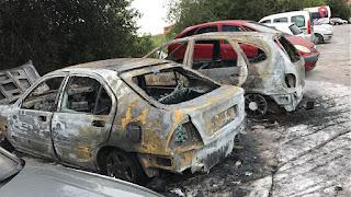 Los vehículos afectados por el fuego en Llano