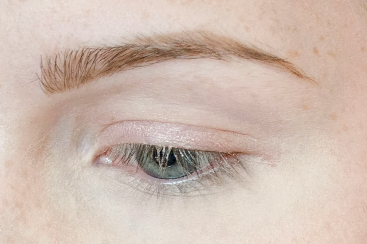Simple Eyeshadow Tutorial: My Lazy-Day Makeup ...