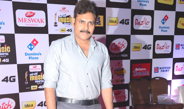 Pawan Kalyan Photos at Mirchi Music Awards 2016