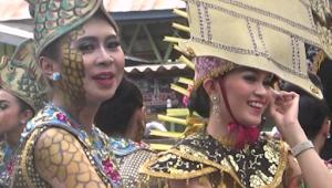 Cantiknya Gadis Banjar, Pada Festival Pasar Terapung