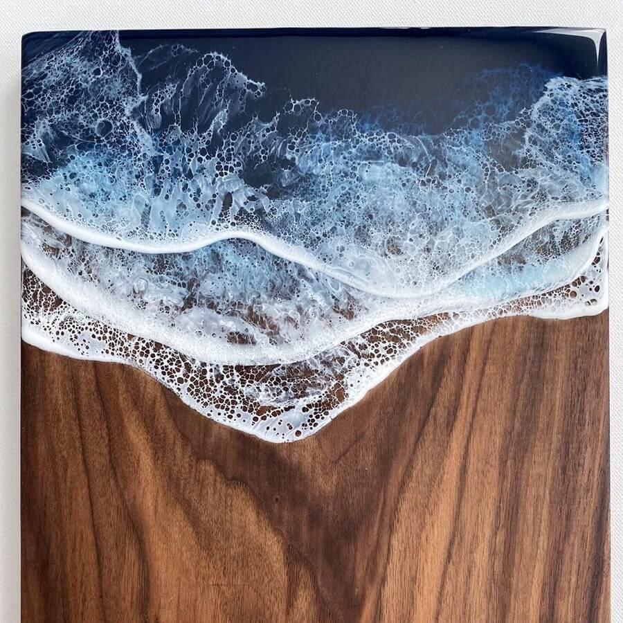 10-Rectangular-table-top-Rivka-Wilkins-Realistic-Ocean-Resin-Paintings-www-designstack-co