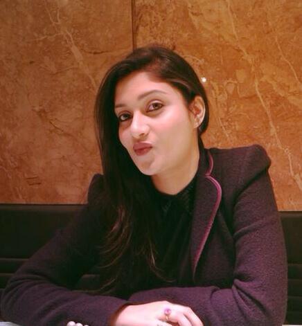 मनोज तिवारी की पत्नी सुष्मिता रॉय है खुबसुरती की मिशाल, देखे pics 14