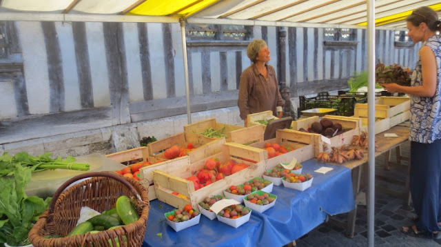 Honfleur - Biomarkt jeden Mittwoch