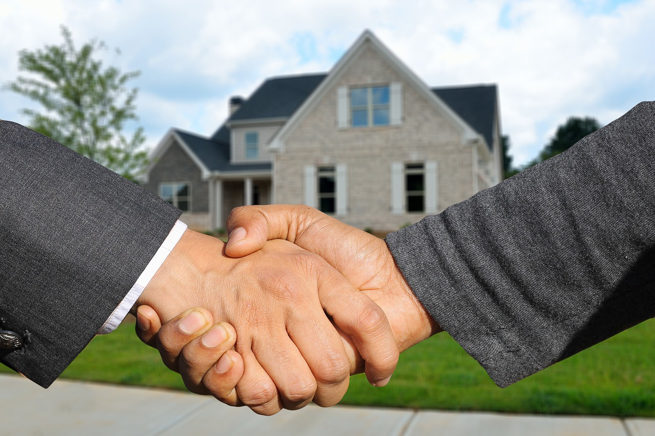 How To Choose A Mortgage Company For Your First Home