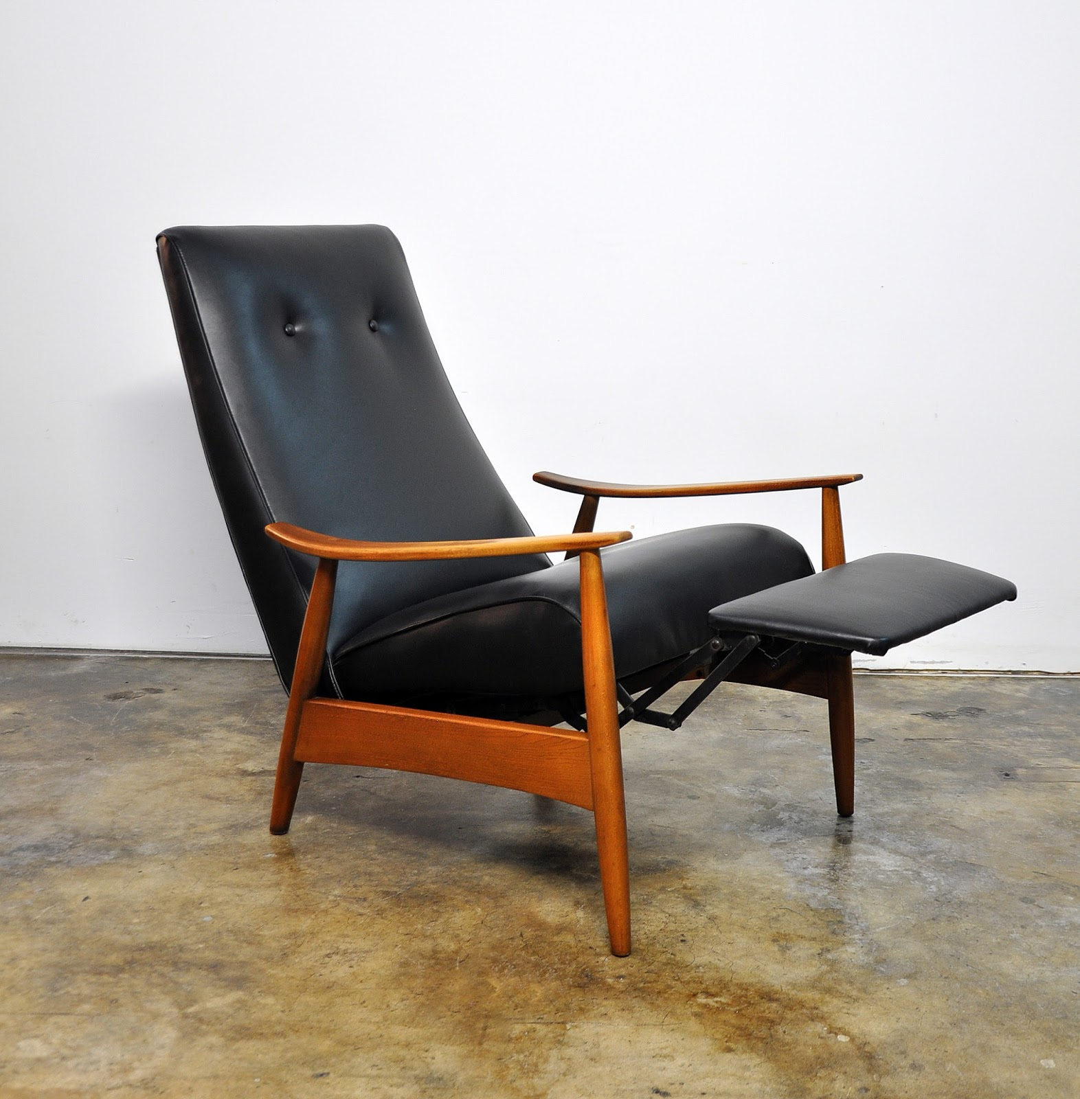 Chairs Furniture: SELECT MODERN: Milo Baughman Recliner 74 Lounge Chair