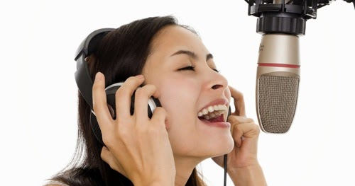 FAMOUS AND RENOWNED MUSIC COURSES SINGING CLASS AND SINGING INSTRUCTOR