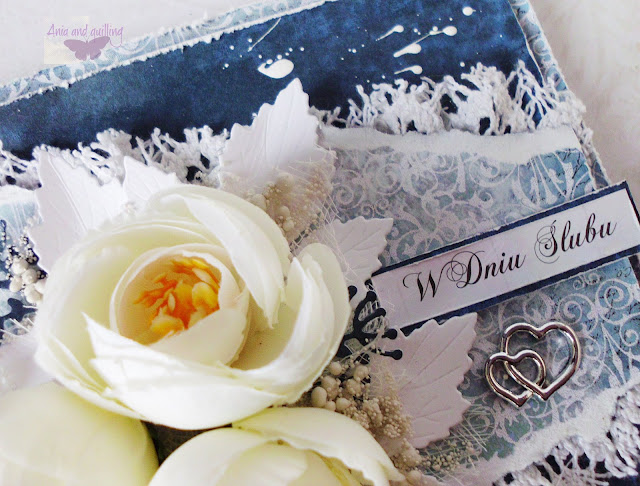 ozdoby na kartce- kwiaty, koronki, obrączki