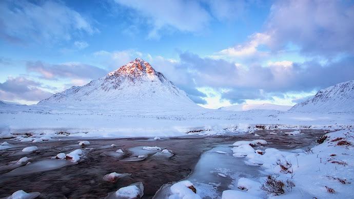 Wallpaper: Surreal Winter Landscapes