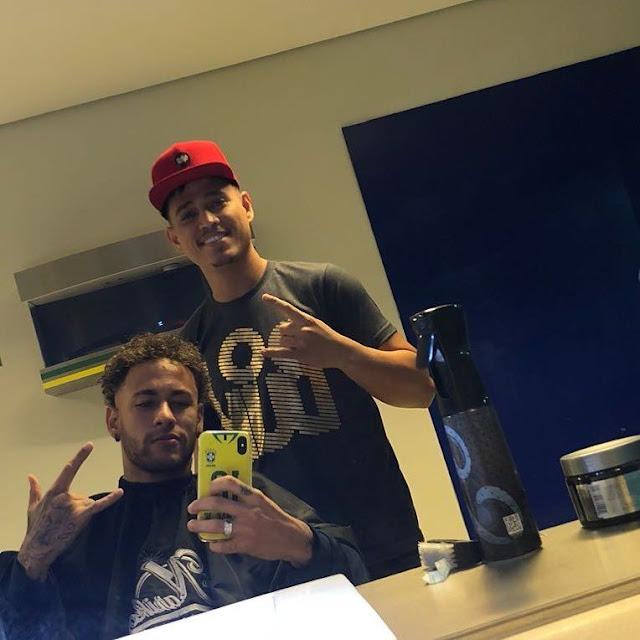 Resultado de imagem para Após cortar o cabelo de Neymar, cabeleireiro se torna o oficial da seleção brasileira
