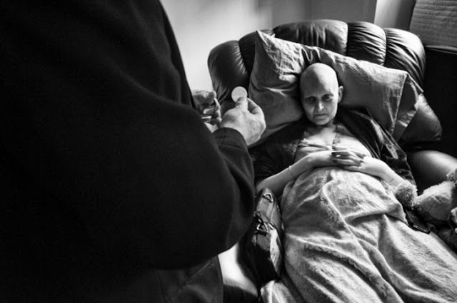 foto seorang penderita kanker stadium lanjut