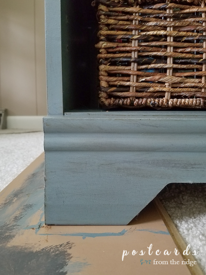 painted finish on media console