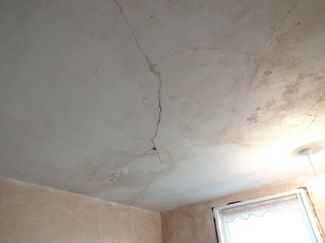 Cracks in Lath and Plaster ceiling