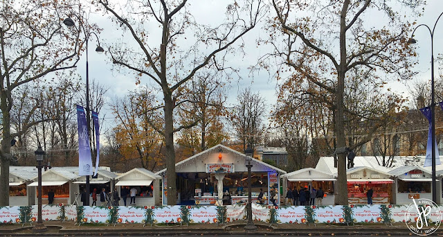 holiday bazaars, trees