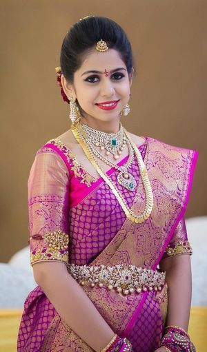 How to pose for Indian Bridal Photo Shoot ideas