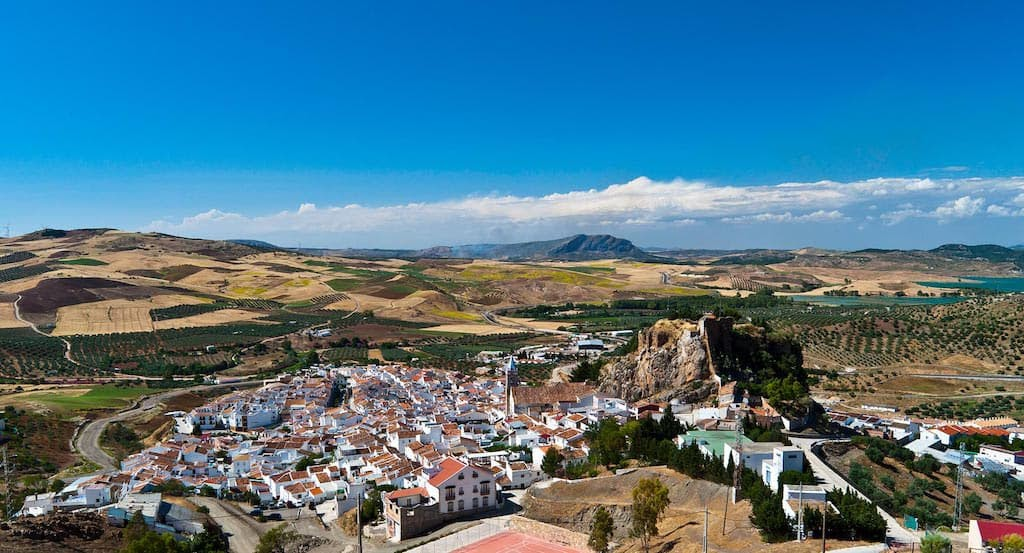 #240 Vacaciones en el pueblo | luisbermejo.com | podcast