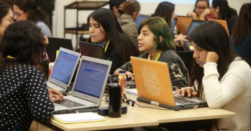 Desarrolladoras web pondrán a prueba su talento en hackathon de Laboratoria
