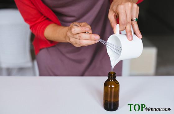 """DIY: Cách làm kem dưỡng ẩm trị mụn """"siêu hay"""""""