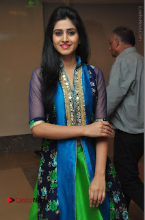 Actress Model Shamili Sounderajan Pos in Desginer Long Dress at Khwaaish Designer Exhibition Curtain Raiser  0030.JPG