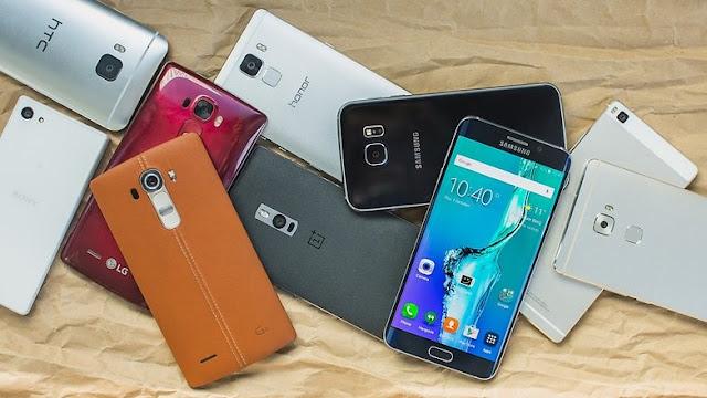Peste un sfert dintre utilizatorii de smartphone le folosesc mai mult de 7 ore pe zi
