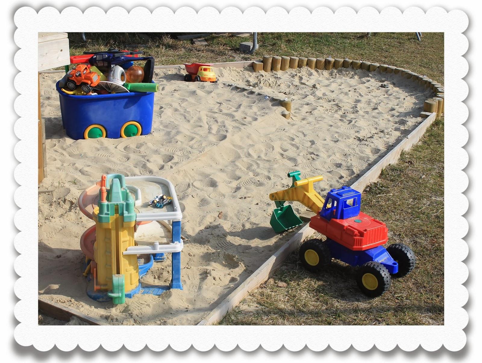 sandkasten selber bauen stein einen sandkasten selber. Black Bedroom Furniture Sets. Home Design Ideas